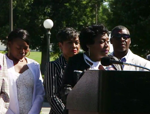 Valerie Castile, the mother of Philando Castile, held a news conference with Judge Glenda Hatchett Tuesday morning at the State Capitol.