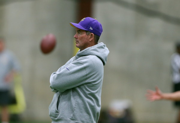 Vikings head coach Mike Zimmer during OTA training at Winter Park Wednesday May 25, 2016 in Eden Prairie, MN.] The Vikings held OTA at Winter Park.