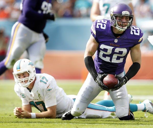 Vikings safety Harrison Smith (22)