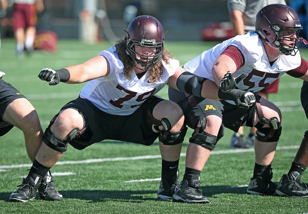 Gophers senior Jonah Pirsig is ranked the 12th-best offensive tackle prospect for the 2017 NFL draft by CBSSports.com.
