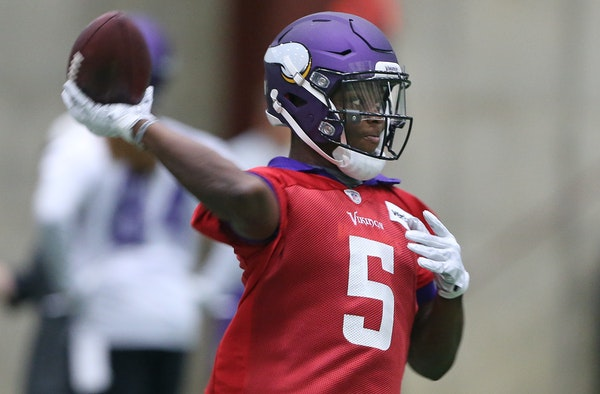 """Minicamp is the time for Teddy Bridgewater to hone his skills, and coach Mike Zimmer believes he has done that with deep passing. """"We've just focu"""