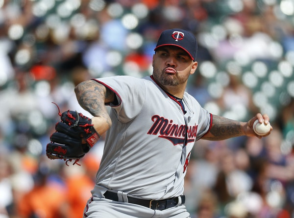 Twins starter Hector Santiago benefited from an early four-run lead and held the Tigers to one run in 5⅔ innings Thursday.