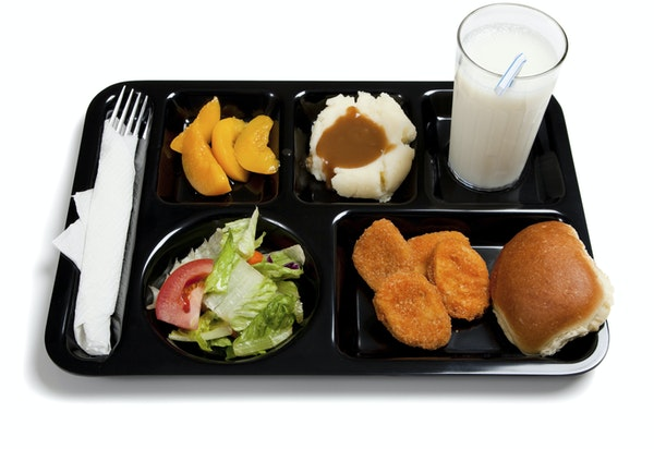 Ninety-five percent of the 503 parents who were polled wanted students to have at least 20 minutes to eat meals at school, while 79 percent endorsed e