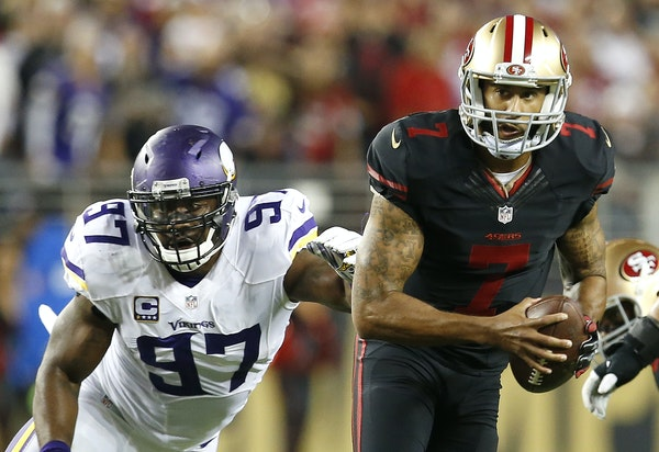 Vikings defensive end Everson Griffen couldn't corral San Francisco quarterback Colin Kaepernick during the 49ers' victory.