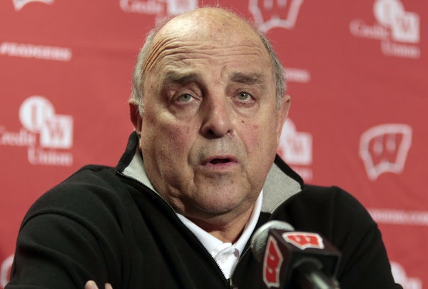 Wisconsin athletic director Barry Alvarez