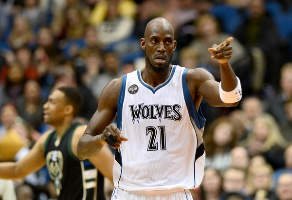 Kevin Garnett has had little to say as the Timberwolves have struggled this season under interim coach Sam Mitchell, but he gathered reporters Tuesday