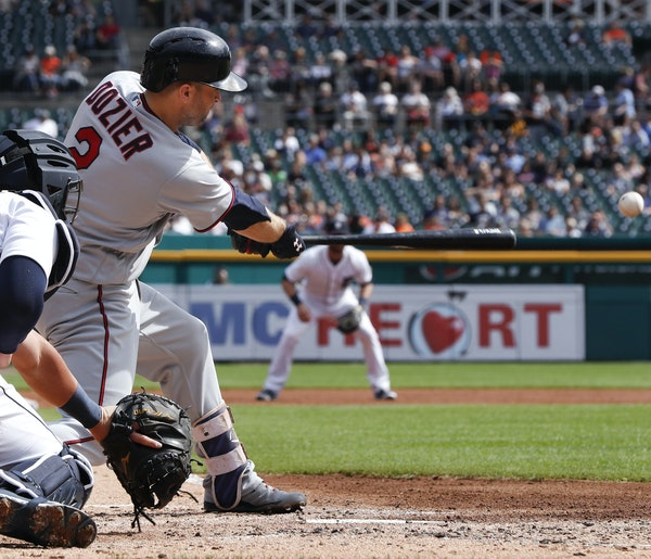Brian Dozier, one of few positives this Twins season, puts his 22-game hitting streak on the line when the team faces the Tigers.