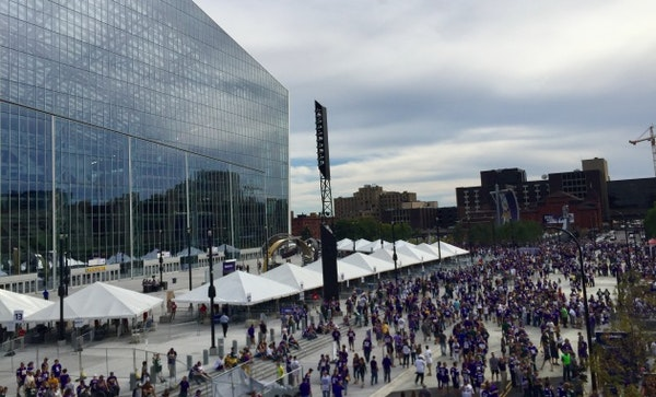 Fans from around world converge on U.S. Bank Stadium for 'historic' opener