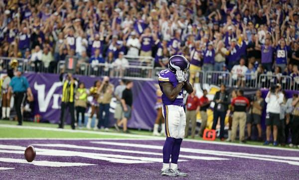 Minnesota Vikings running back Jerick McKinnon (21) celebrated is 4 yard touchdown run in the forth quarter at US Bank Stadium October 3, 2016 in Minn