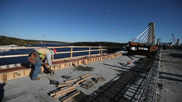 Driving surface now in place on new St. Croix River bridge