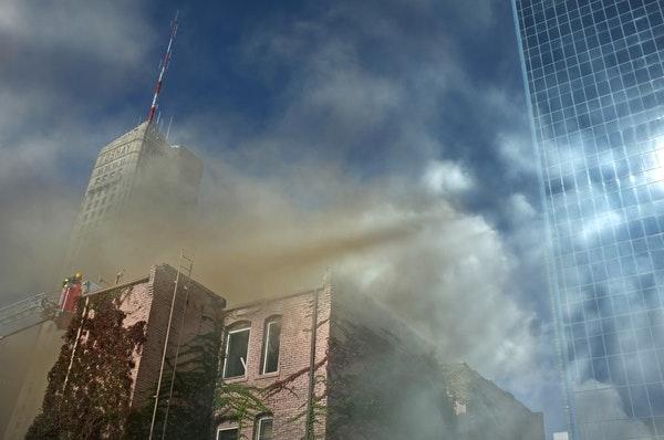 An apartment building at 215 S. 9th St. in Minneapolis burned Sunday afternoon.