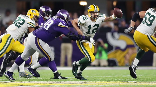 Linval Joseph sacked Packers QB Aaron Rodgers on their final drive.
