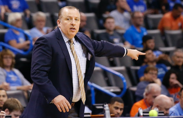 Timberwolves coach Tom Thibodeau shouted to his team in the third quarter against the Oklahoma City Thunder on Sunday.