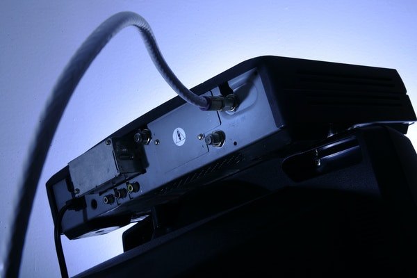 """The """"cord cutting"""" phenomenon isn't growing as quickly as predicted."""