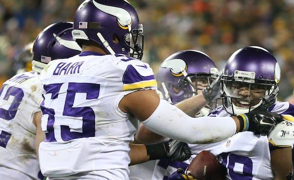 Minnesota Vikings outside linebacker Anthony Barr (55)