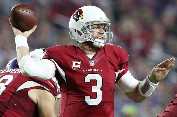Carson Palmer completed 25 of 35 passes for 310 yards with two touchdowns and no interceptions. His 31 TD passes for the season are a club record.