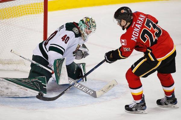 Calgary's Sean Monahan beat Wild goalie Devan Dubnyk during Friday night's shootout.