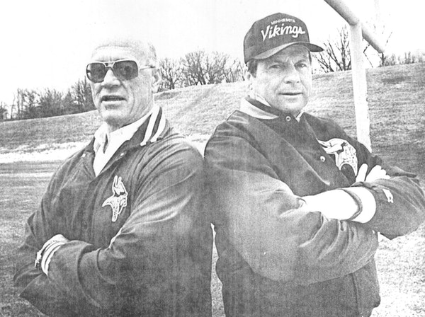 Vikings defensive coordinator Floyd Peters, left, and offensive coordinator Bob Schnelker in 1987.