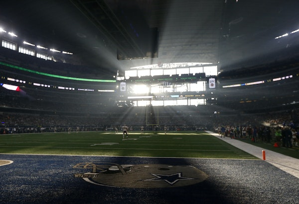 Much like the Vikings' U.S. Bank Stadium, the Cowboys' AT&T Stadium in Arlington, Texas, has a large window behind one of the end zones. Sun light