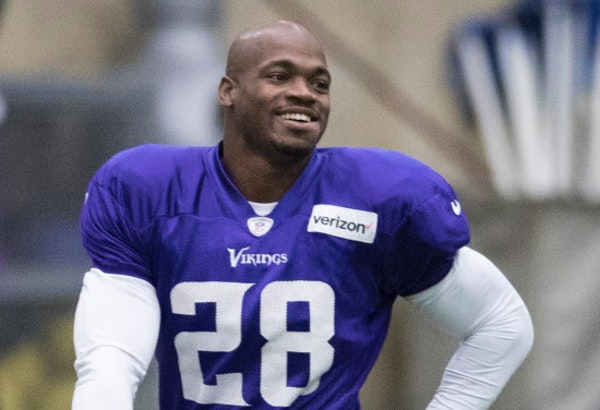 Minnesota Vikings running back Adrian Peterson (28) is back on the practice field at Winter Park Wednesday December 14,2016 in Eden Prairie, MN. ] Jer
