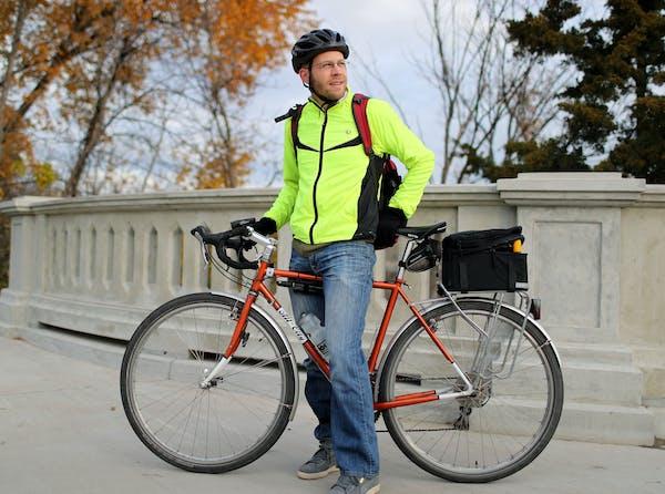 Ben Janke of Minneapolis was spotted on the Franklin Avenue Bridge.
