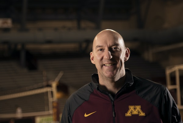 There's no set formula or script for volleyball coach Hugh McCutcheon success at Minnesota, other than to set a high goal and keep moving toward it.