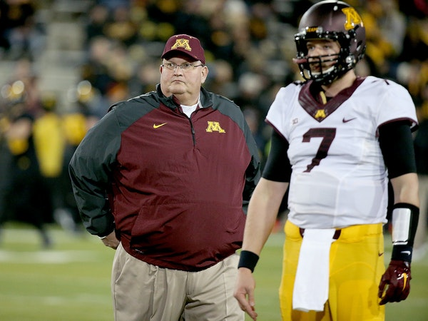 Gophers football coach Tracy Claeys, seen here with now-departed quarterback Mitch Leidner, continues to recruit despite uncertainty about his future