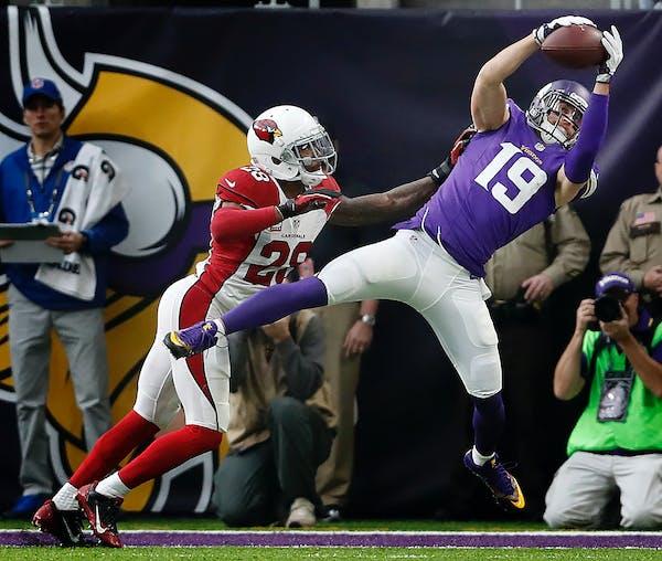 Adam Thielen (19). ] CARLOS GONZALEZ cgonzalez@startribune.com - November 20, 2016, Minneapolis, MN, US Bank Stadium, NFL, Minnesota Vikings vs. Arizo