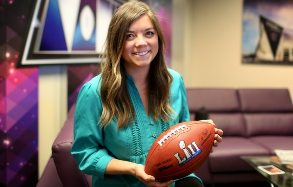 Elle Kehoe is in charge of the effort that puts Super Bowl volunteers at airports, street corners, concerts and parties. Getting the right volunteers