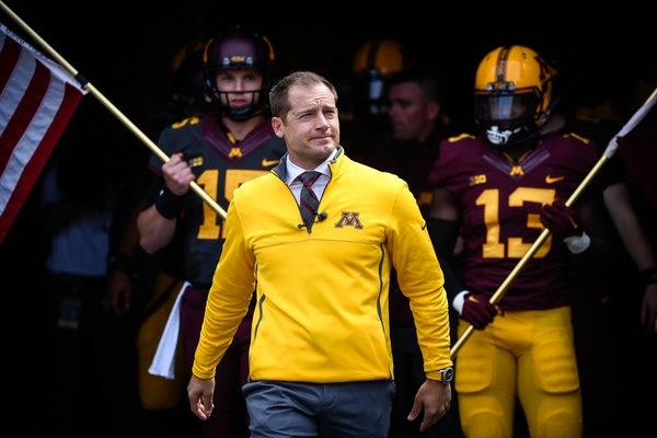 Fleck assesses Gophers' QB play in spring game