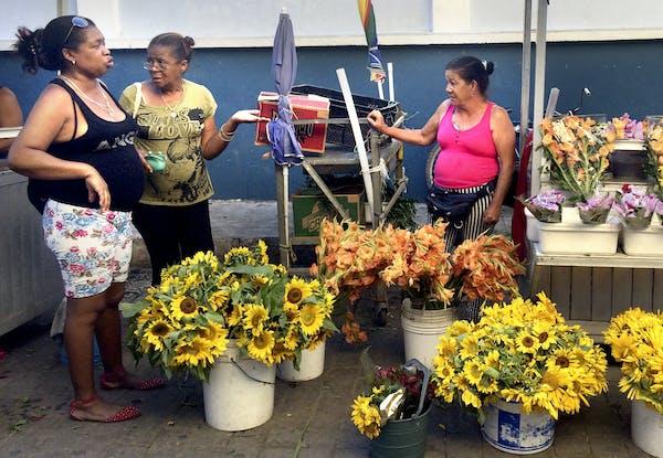A flower cart in Santa Clara, Cuba.