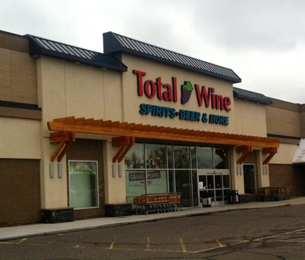 Total Wine is coming to Minnetonka.