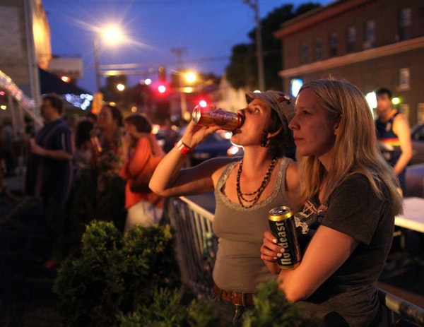 Art-a-Whirl revelers took in a concert outside the 331 Club.