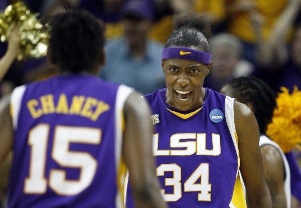 Lynx center Sylvia Fowles' No. 34 LSU jersey is being retired.