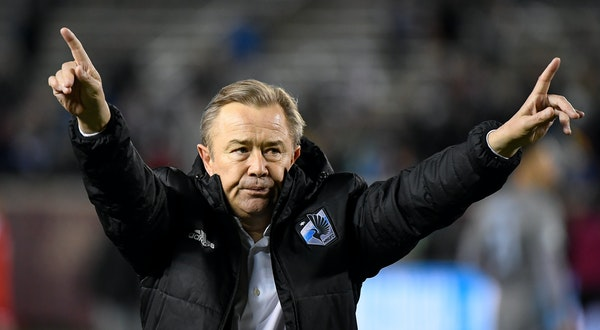 United coach Adrian Heath built the lower-division Austin Aztex into a winner after the team moved to Orlando.