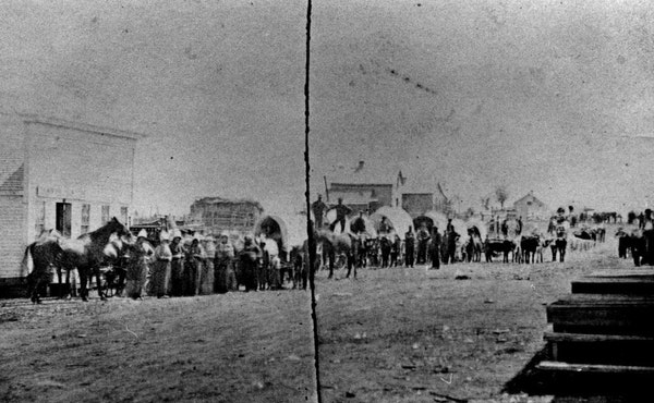 Arrival of settlers, Redwood Falls, August 1869.
