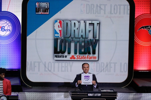 NBA deputy commissioner Mark Tatum announces the results for the Sacramento Kings at the NBA basketball draft lottery, Tuesday, May 16, 2017, in New Y
