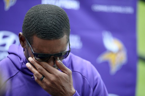 Former Minnesota Viking Randy Moss became emotional after being asked about the late coach Dennis Green during a press conference on the practice fiel