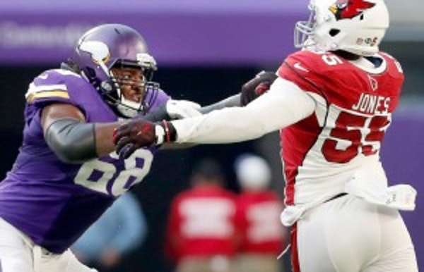 Zimmer says the 'best place' for T.J. Clemmings is at guard
