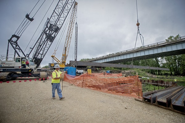 Bridge construction crew worked on replacing the Eisenhower Bridge, Thursday, July 20, 2017 on the Wisconsin side across from Red Wing, MN. The bridge