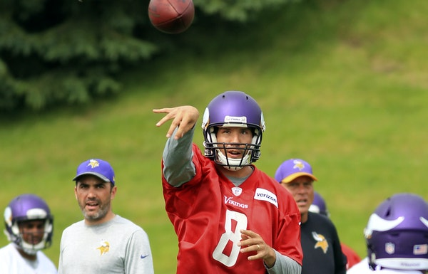 Sam Bradford worked out with his Vikings teammates in June, an advantage he certainly didn't have last season.