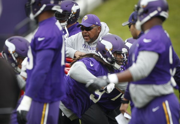 """Vikings defensive line coach Andre Patterson's relationship with head coach Mike Zimmer dates back to 1988. """"He's a close friend of mine and I k"""