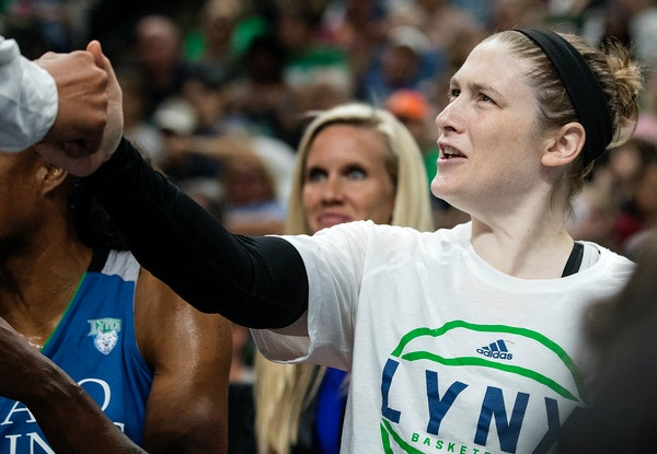 Injured Minnesota Lynx guard Lindsay Whalen on the bench. ] CARLOS GONZALEZ ï cgonzalez@startribune.com - September 3, 2017, St. Paul, MN, Xcel Energ