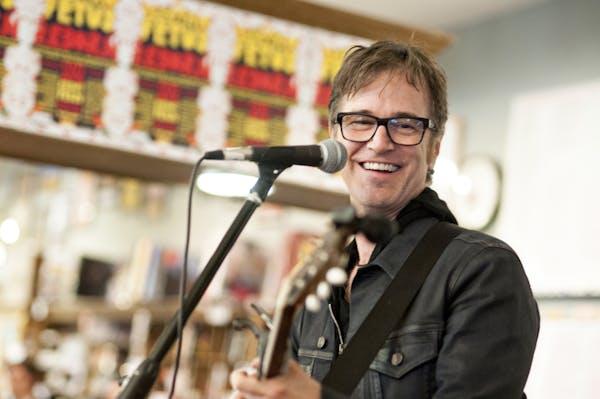 Dan Wilson at the Electric Fetus in Minneapolis in 2014.