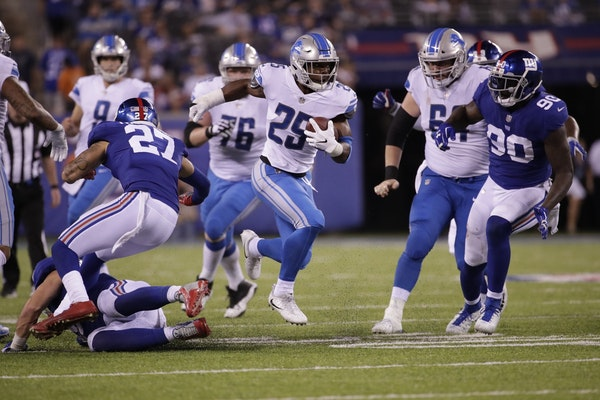 Detroit Lions' Theo Riddick (25) rushes during the second half of an NFL football game against the New York Giants Monday, Sept. 18, 2017, in East R