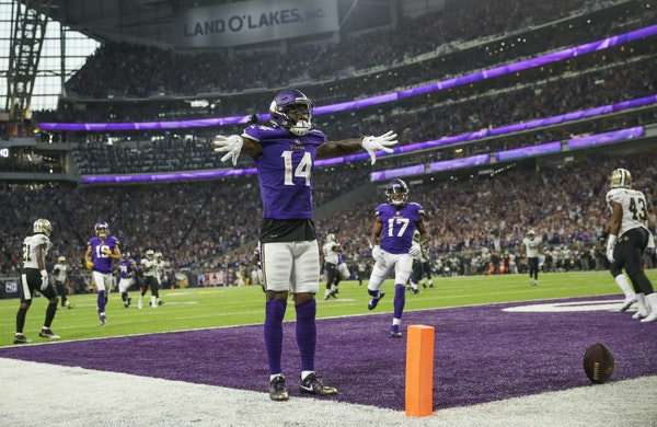 Vikings receiver Stephon Diggs celebrated his second-quarter touchdown, giving the Vikings a 9-6 lead against the Saints at U.S. Bank Stadium on Monda