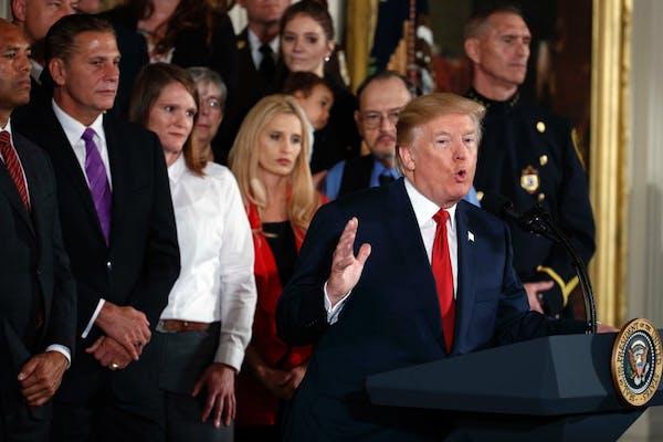 Trump declares opioid health emergency