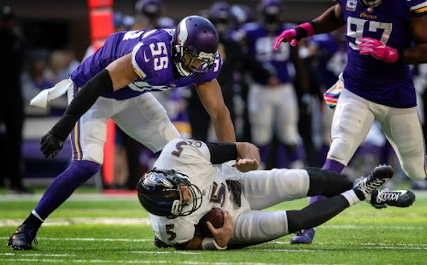 Playing with fire, tenacity: Barr stars in Baltimore beatdown