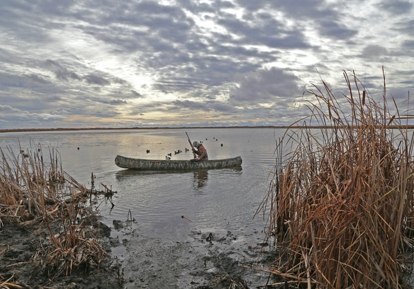 Moody late October days prevailed last week in southern Manitoba in advance of a big blow Thursday that saw daylong winds gust to 50 mph. But the hunt