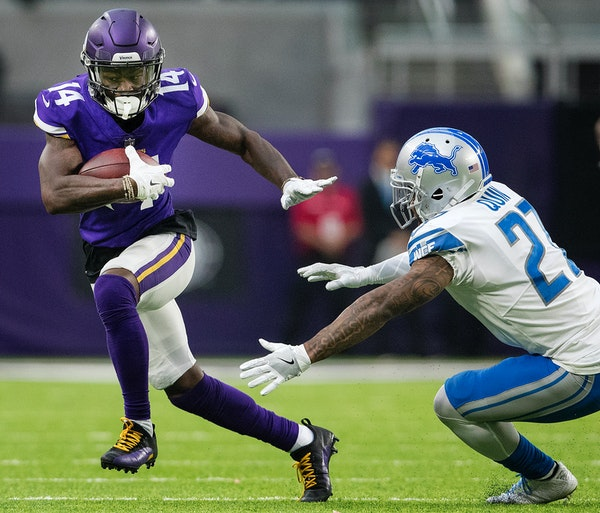 Vikings receiver Stefon Diggs made a reception during the second quarter against the Lions on Oct. 1.